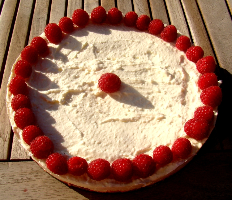 Raspberry cheesecake 3