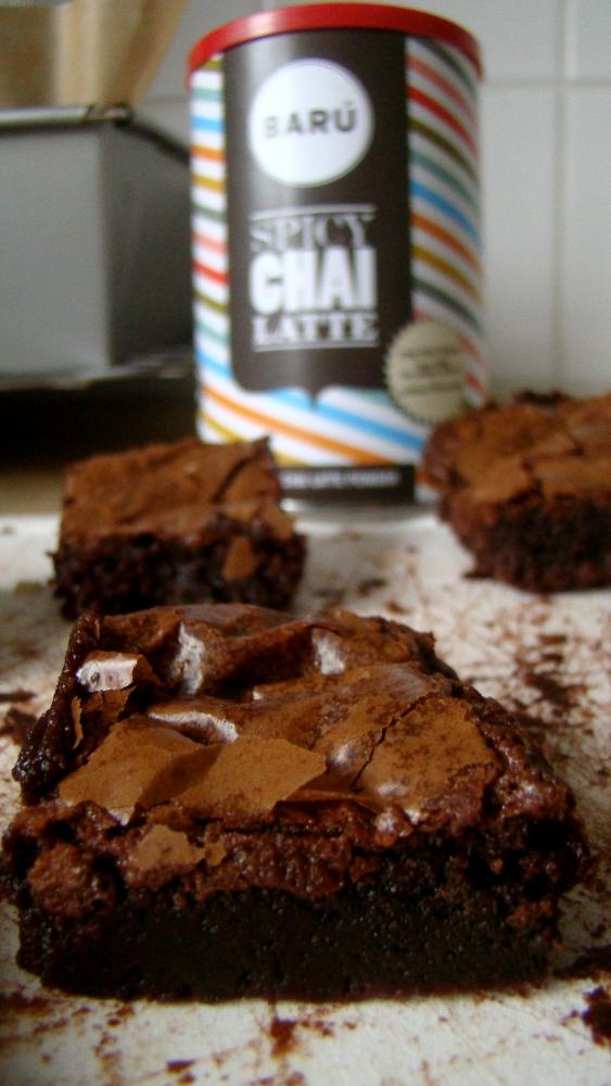 Spicy Chai Latté Brownies (3/6)