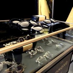 Glasses02