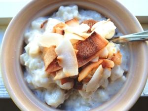Coconut vanilla rice pudding