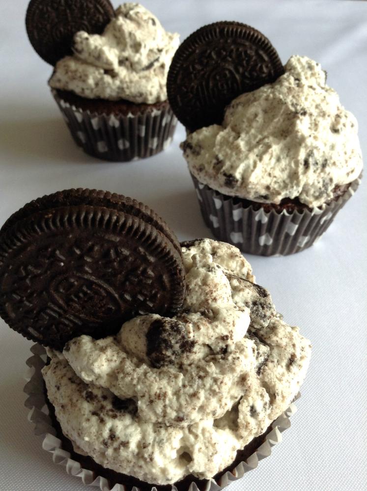 Oreo Cupcakes (2/6)