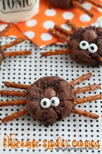 Chocolate-Spider-Cookies_Giggles-Galore