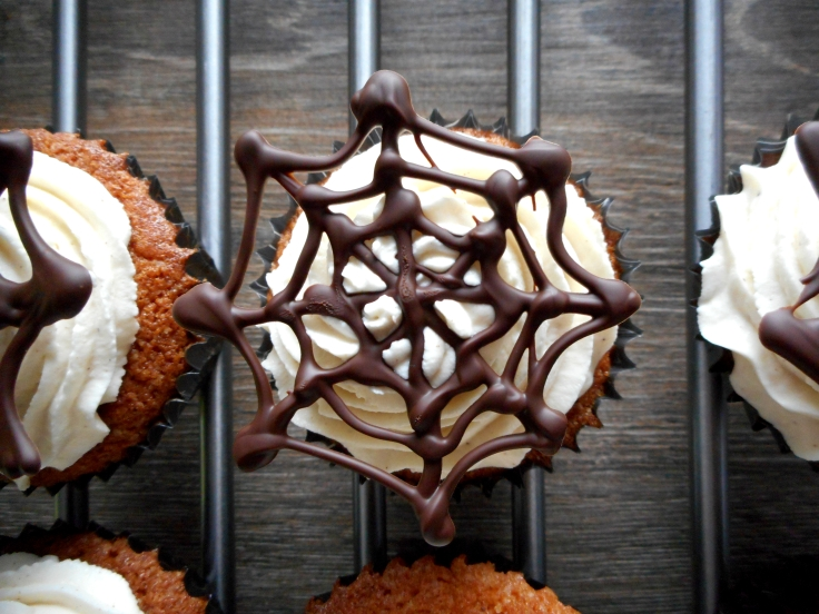 Halloween Cinnamon Spider Web Cupcake Recipe