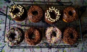 Chocolate Baked Doughnuts