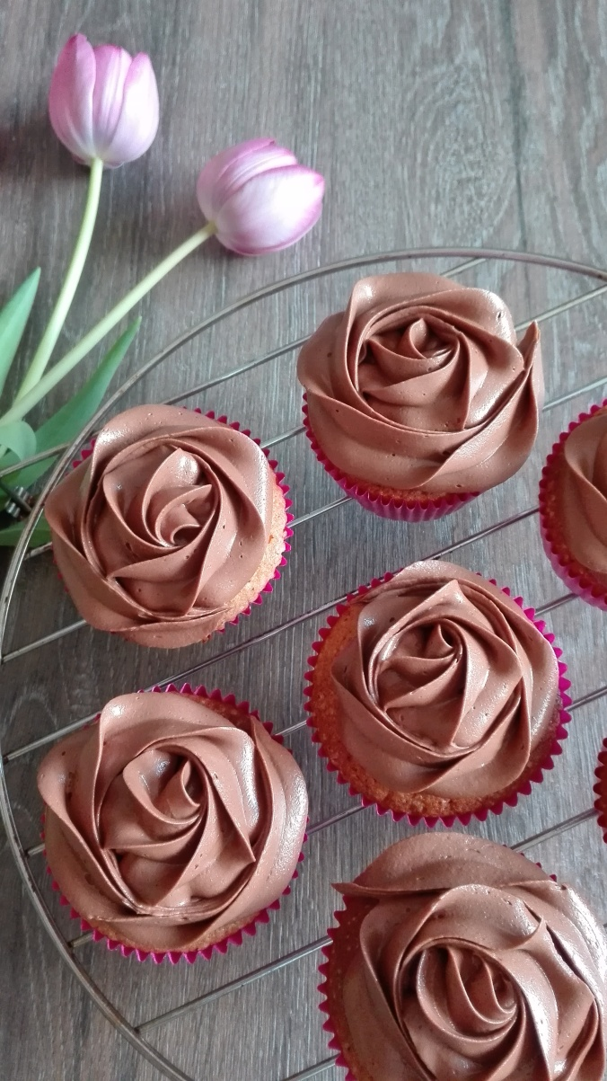 Pretty in Pink Vanilla Nutella Cupcakes