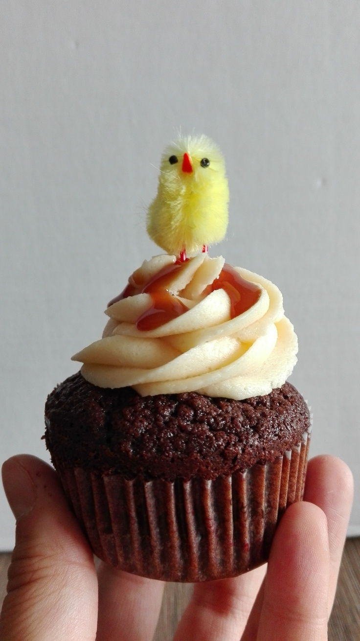 Salted Caramel Easter Surprise Cupcake