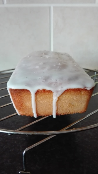 When life gives you lemons... make lemon cake