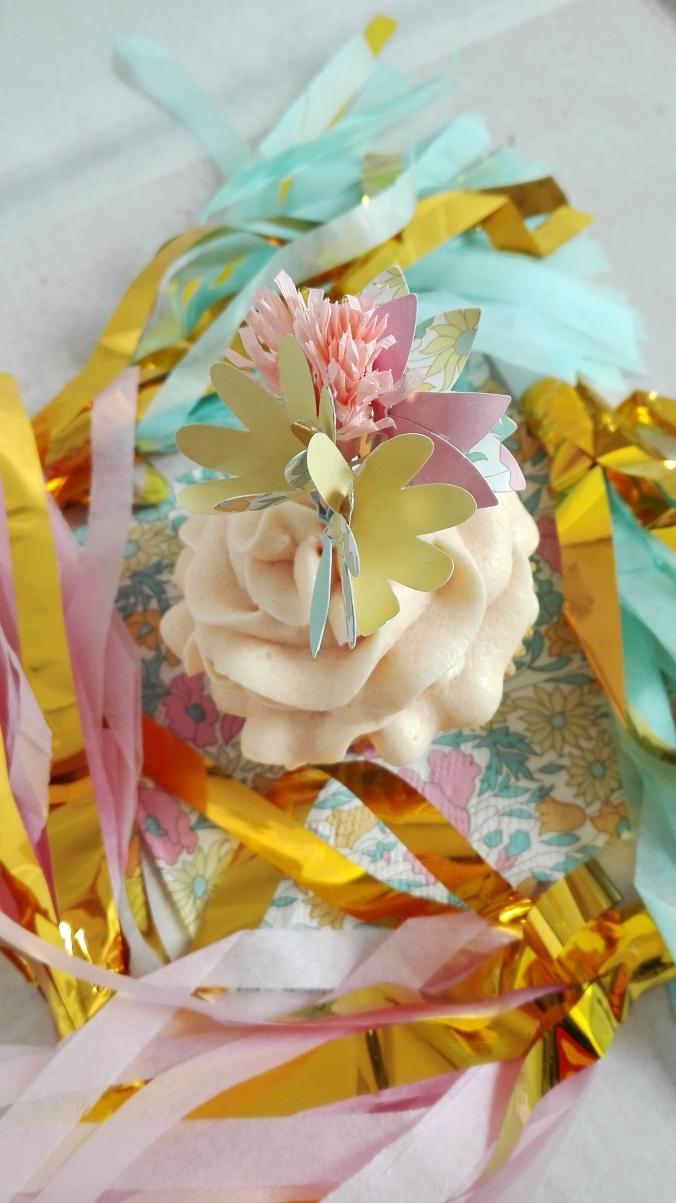 Caramel Cupcake PomPomPartybox