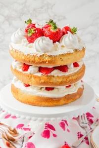 eton-mess-cake