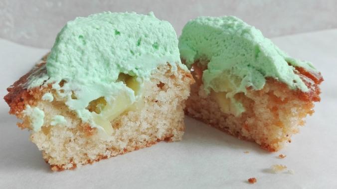 Cinnamon Apple Cupcake Recipe.jpg