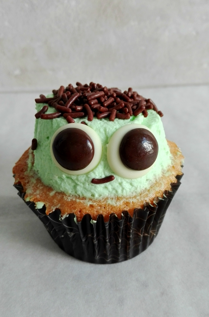 little-frankenstein-cupcake