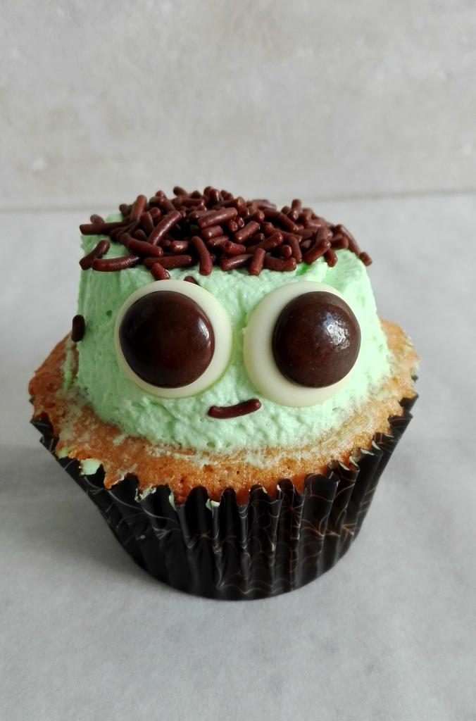 little-frankenstein-cupcake