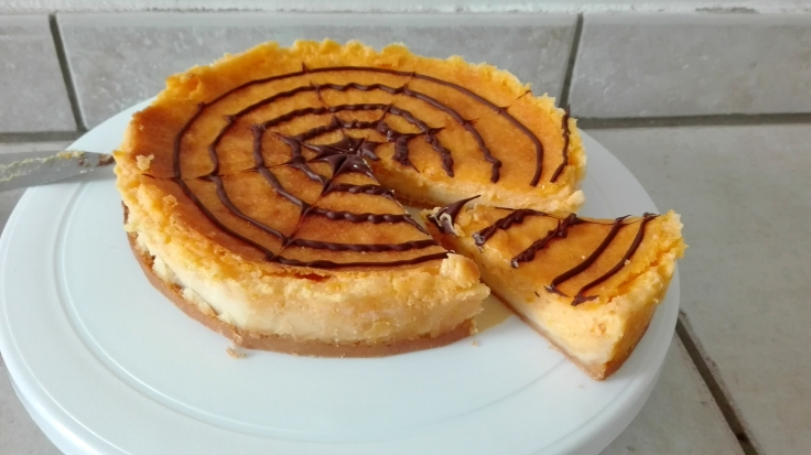 spiderweb-cheesecake-for-halloween