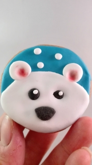 cute-polar-bear-cookie