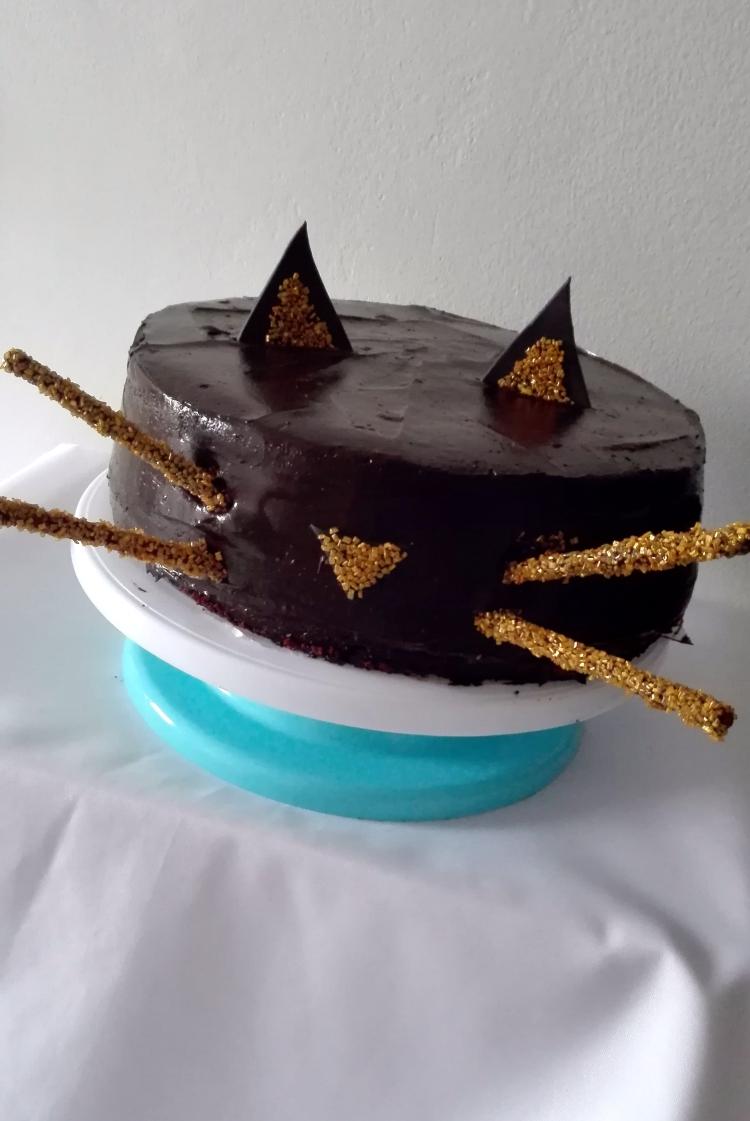 Black Cat Cake for Halloween