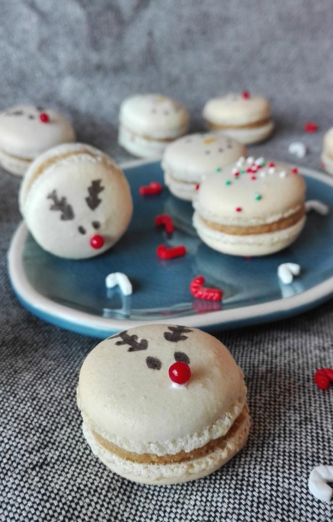 Christmas Themed Macarons