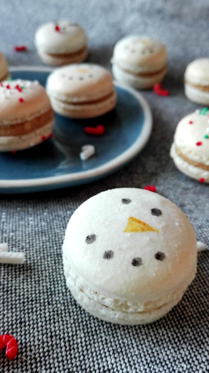 Snowman Christmas Macarons