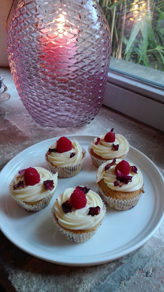 Whittard English Rose Tea Raspberry Cupcakes