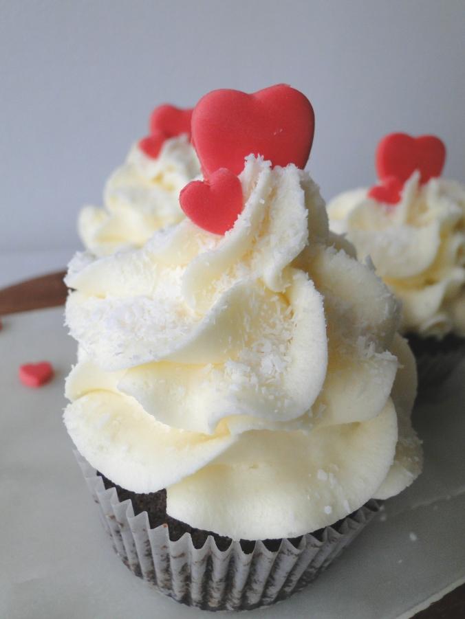 Chocolate Vanilla Valentines Day Cupcakes