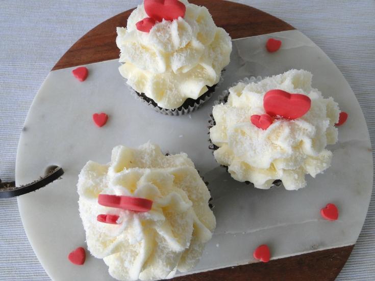Valentines Day Chocolate Vanilla Cupcakes
