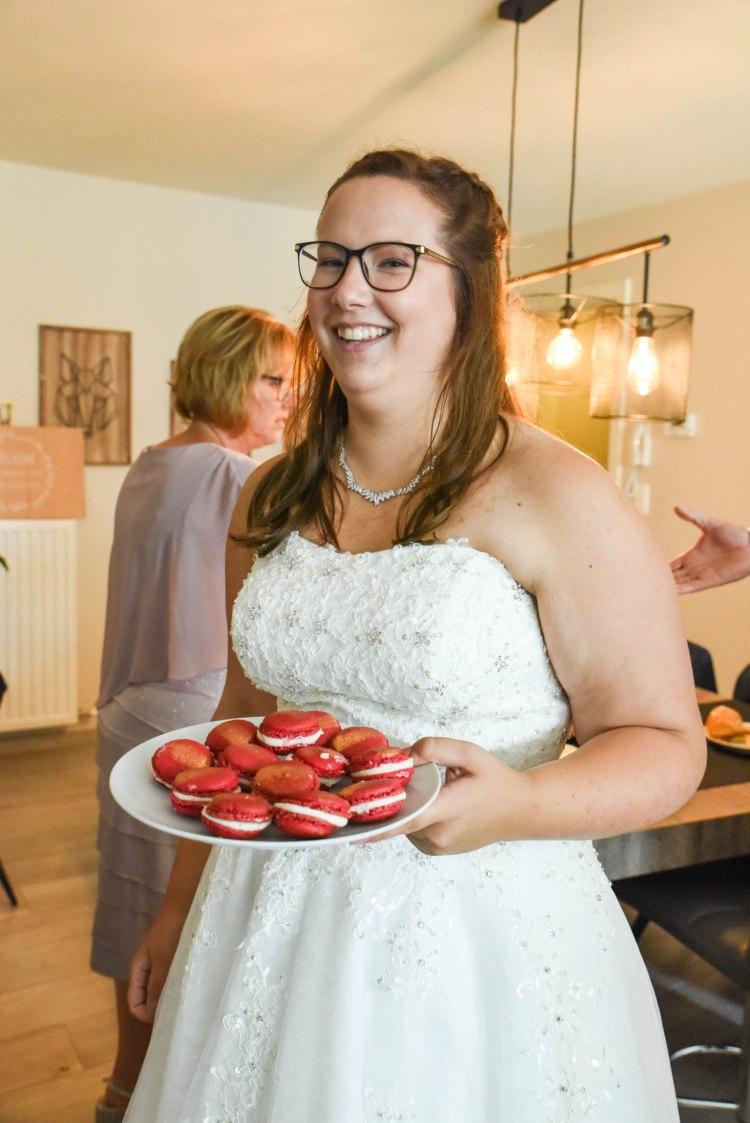 Strawberry-cheesecake-macarons-recipe-wedding