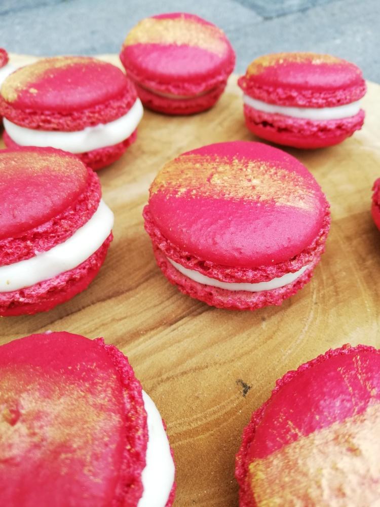 Strawberry-Cheesecake-Macarons